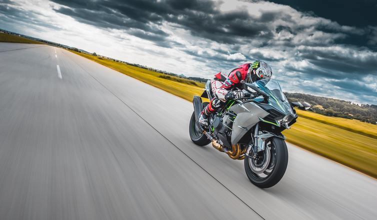 Co należy wiedzieć o prawidłowej eksploatacji opon motocyklowych?